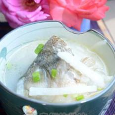 鲈鱼萝卜丝汤的做法