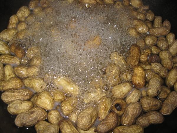 水煮花生毛豆的做法_家常水煮花生毛豆的做法