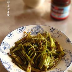 拌饭酱炒空心菜梗的做法