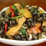 酸笋紫苏炒石螺