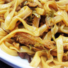 白菜肉丝蒜苔炒面