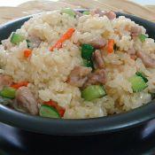 肉丁炒糯米饭的做法