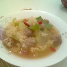 银耳冬瓜肉丸子汤的做法
