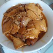 千叶豆腐金针菇烩回锅肉
