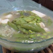 毛豆豆腐丝瓜汤