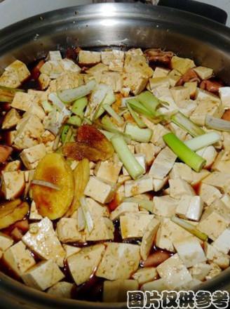 大肠炖豆腐的做法
