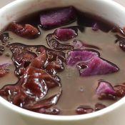 黑米紫薯银耳粥的做法