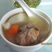 大骨山药胡萝卜汤的做法