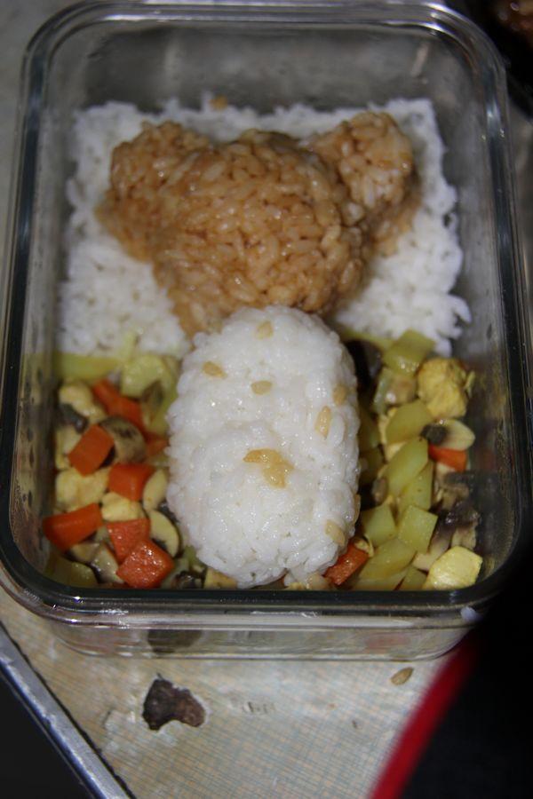 轻松熊咖喱饭Ko.jpg