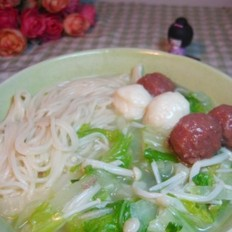 肉丸白菜鸡汤面的做法