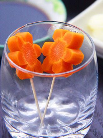 胡萝卜花的做法_家常胡萝卜花的做法【图】胡萝卜花