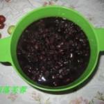 黑米红豆粥的做法