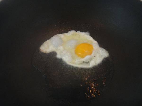 鸡蛋煮面条RW.jpg
