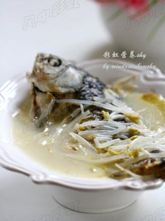 豆芽鲫鱼汤的做法