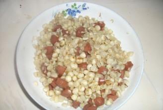 火腿肠炒玉米的做法
