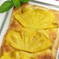 椰香菠萝派的做法
