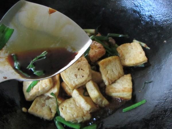 大蒜烧老豆腐的做法