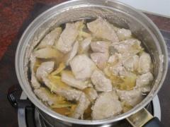 猪肝汤om.jpg