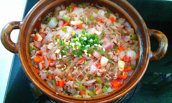洋葱肉末粉-果博东方-果博东方丝煲op.jpg
