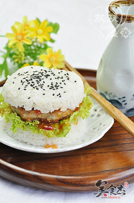 米饭汉堡的做法【步骤图】_菜谱_美食杰