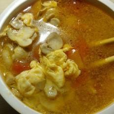 西红柿蘑菇蛋汤的做法