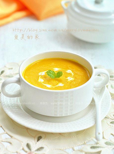 南瓜鲜蔬浓汤