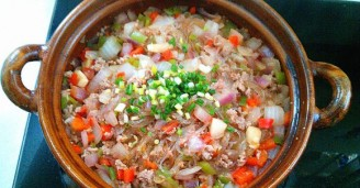 洋葱肉末粉丝煲的做法