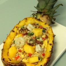 海鲜菠萝饭的做法