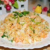 三文鱼蛋白炒饭的做法