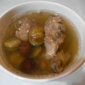 板栗排骨汤的做法