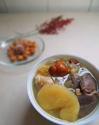 苹果银耳炖鸭肾汤的做法