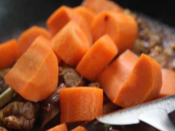 红萝卜炖羊肉JO.jpg