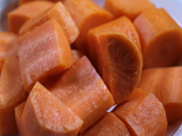 红萝卜炖羊肉hx.jpg