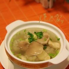 鲮鱼丸滚平菇汤的做法