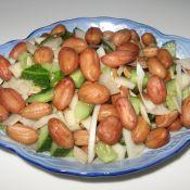 黄瓜萝卜拌花生豆的做法