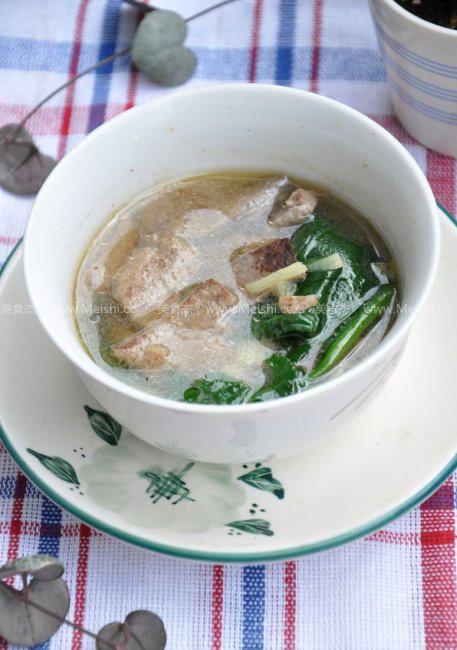 菠菜猪肝汤wD.jpg