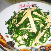 韭菜炒百叶丝的做法