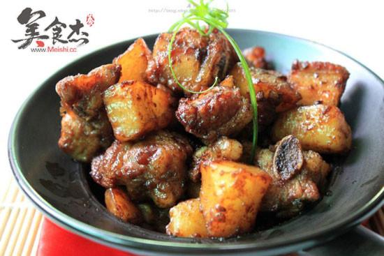 土豆焖排骨pu.jpg