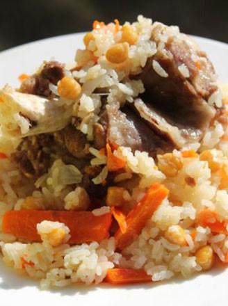 新疆羊肉抓饭的做法