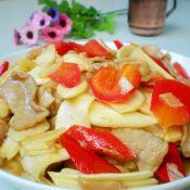 辣椒肉片炒茭白