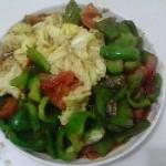 西红柿柿子椒炒鸡蛋