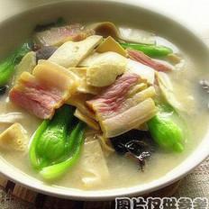 木耳青菜豆腐虾丸汤