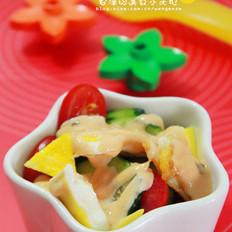 煎蛋水果沙拉的做法