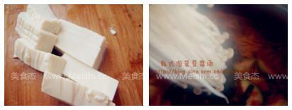 韩式泡菜豆腐汤Qy.jpg