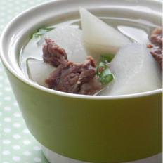 白萝卜牛腩汤 的做法