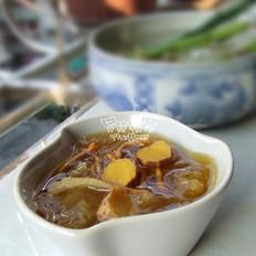 金蟲草山藥銀耳湯的做法