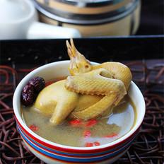枣杞乳鸽汤    的做法
