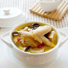 山药蘑菇煨土鸡汤的做法
