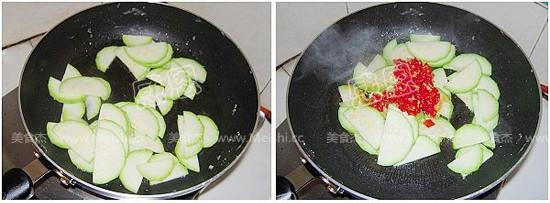 西葫芦炒鸡蛋Gl.jpg
