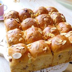 核桃紫薯葡萄干面包的做法